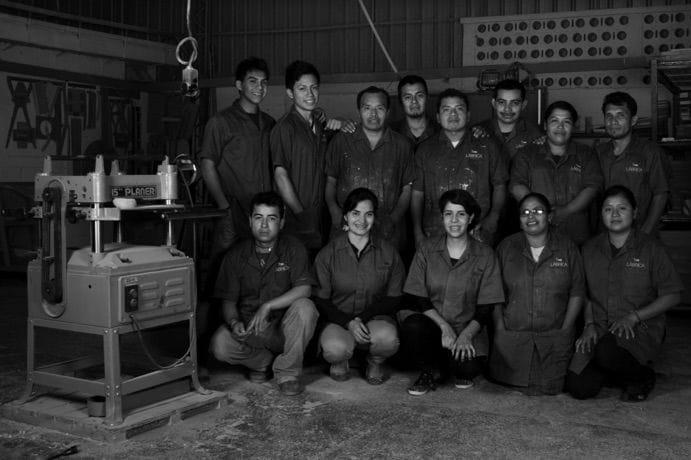 labrica group photo