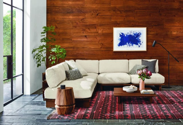 span couch
