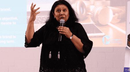 bpeace woman speaking